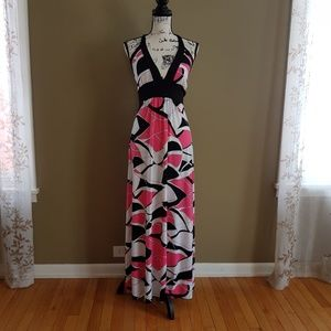 Body Central Maxi Halter Pink White Dress size M